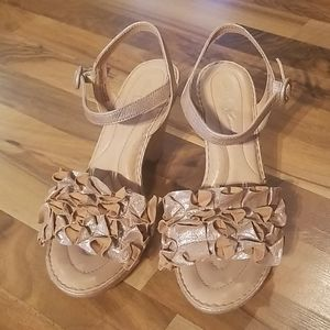 Born Crown Tan And Silver Open Toe Sandals Size 10